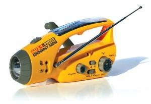 hand-crank-flashlight-radio-PZ