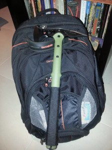 backpack-tomahawk